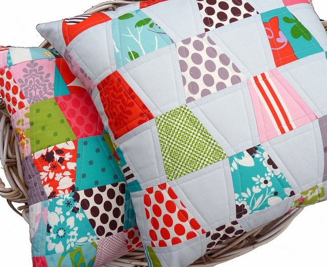 /// Tumbler Patchwork Pillows #patchwork #pillows #handmade
