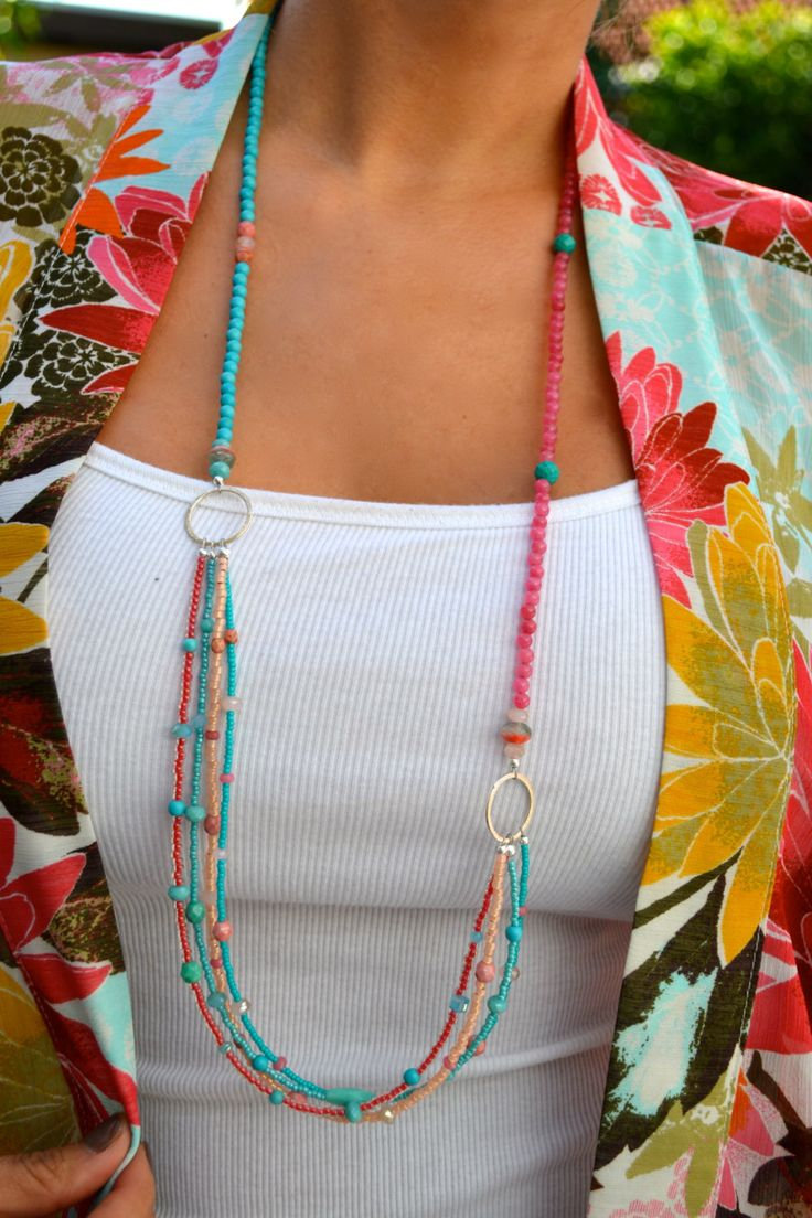 Long Multi Strand Coral Pink and Turquoise por uniquebeadingbyme