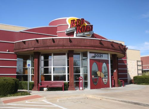 50 Amazing Restaurant Rewards Programs With Images Red Robin Menu Chili Cheese Fries Bbq Chicken Wraps