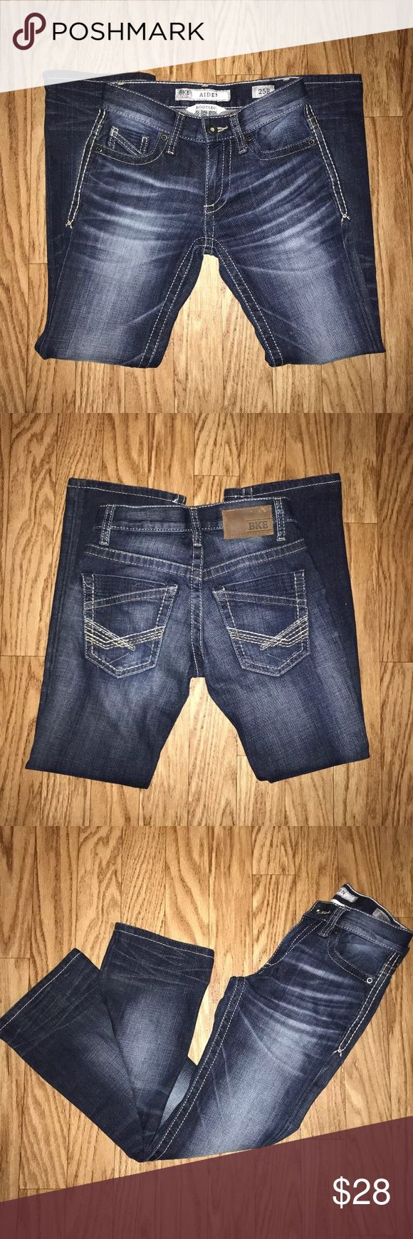BKE Aiden Women Bootleg Jeans BKE Aiden Women Bootleg Jeans in excellent condition. No tears or holes.  Size:25r Color: Dark Denim Inseam: 27 inch Rise: 8 inch Length by inches: 35 inches BKE Jeans Boot Cut