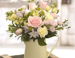 For your Ideal Easter themed wedding include shades of lemon, green, orange, blue and pink. The flowers of the season include daffodils, tulips, bluebells and the popular roses and peonies. Want to include Easter eggs in your big day? Why not use them as double duty favours, get your guests names iced on them and use them as place names too! Add to the fun by including an Easter egg hunt for your younger guests.