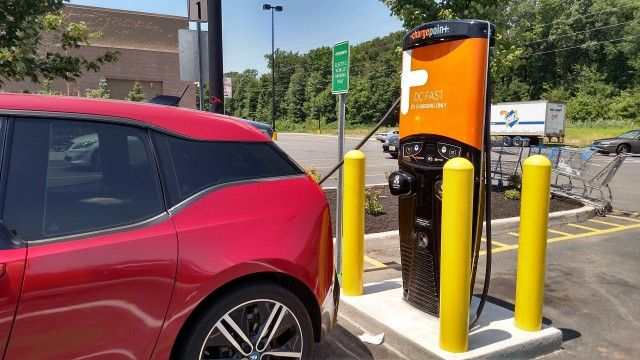 awesome ChargePoint adds wait-list feature for electric-car charging stations