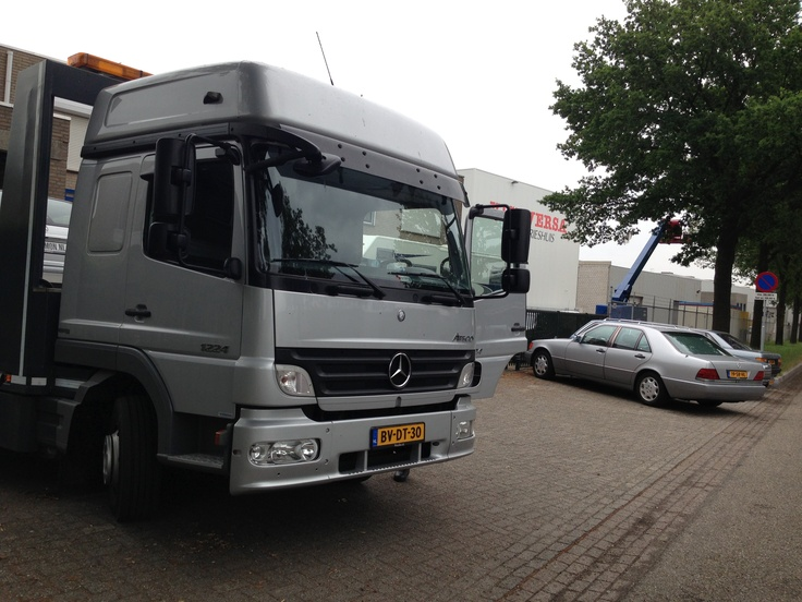 17 Best images about Mercedes - Benz Trucks on Pinterest | Mercedes benz unimog, Bijoux and Vehicles