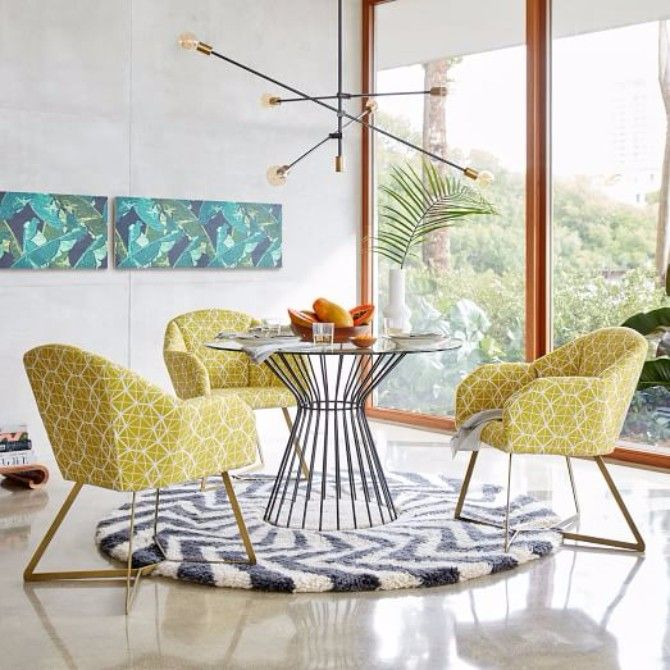 HOW TO PICK THE RIGHT MODERN RUGS FOR YOUR SPACE > Looking for modern rugs to enhance your design?   modern rugs    interior design   wool rugs #contemporaryrugs #designerrugs #designbrands Read more: http://www.contemporaryrugs.eu/pick-right-modern-rugs-space/