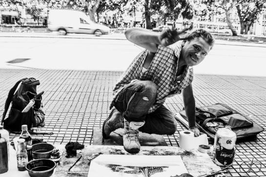 Street artist – Santiago, Chile