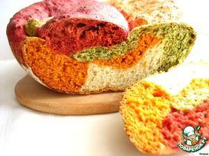 Австралийский овощной хлеб Il Gianfornaio /       Мука пшеничная(просеянная, 1(250г) стакан на один вид теста) — 4 стак.     Соль(3/4 ч.л.) — 3 ст. л.     Сахар(1 ст.л.) — 4 ст. л.     Масло растительное(0,5 ст.л.) — 2 ст. л.     Дрожжи(свежие, 10 г на один хлеб, или сухие, всего 1 ч.л или 3/4 на один хлеб) — 40 г     Сок свекольный— 110 мл     Сок томатный— 110 мл     Сок шпината— 110 мл     Вода— 110 мл