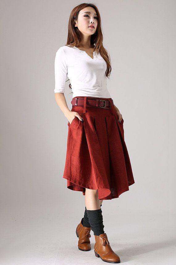 He encontrado este interesante anuncio de Etsy en https://www.etsy.com/es/listing/62113344/lady-wore-red-skirt-woman-linen-skirt