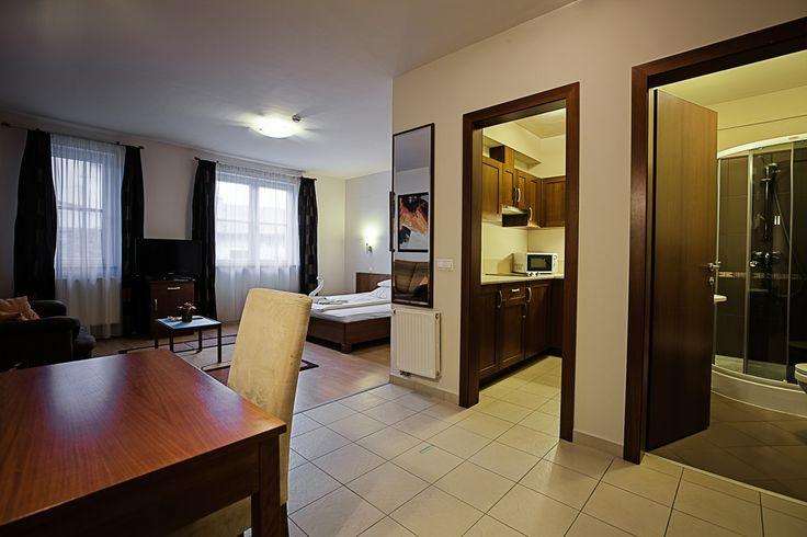 room @Hotel_Lajta_Park Adress: 9200 Mosonmagyaróvár Vízpart utca 6 www.hotellajtapark.hu info@hotellajtapark.hu +36/96 207 088