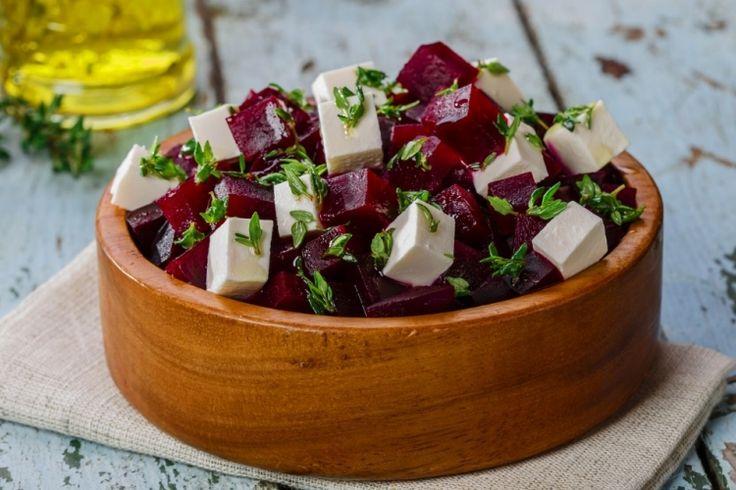 Salade de betteraves et feta...vinaigrette au citron