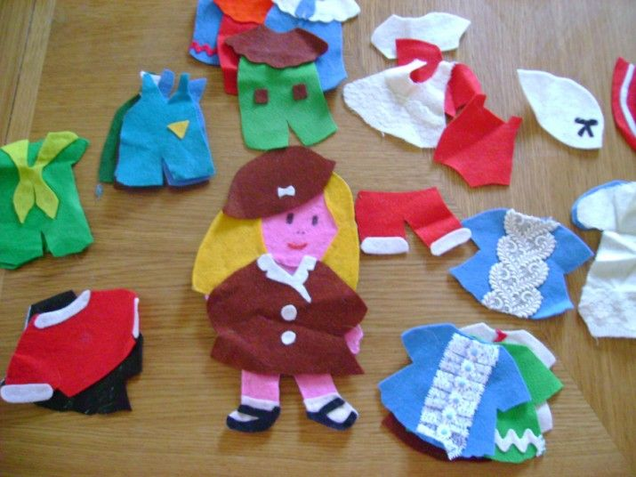 23 best images about doll clothes on pinterest dolls and for Felt arts and crafts