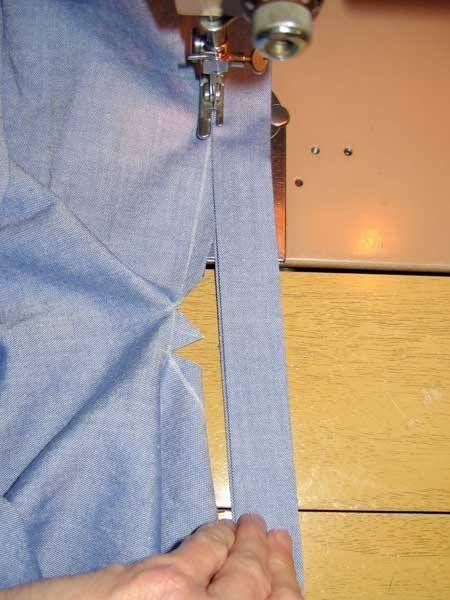 One-strip sleeve placket