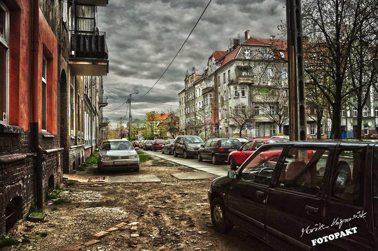 W takim miejscu nie ma znaczenia, w którą stronę skieruję obiektyw. Zawsze uchwycę magię :) Legnica, ul. Kościelna fot. Monika Kasprowiak