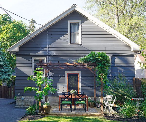 A 1930 craftsman house transformed craftsman craftsman for Before after exterior 1930