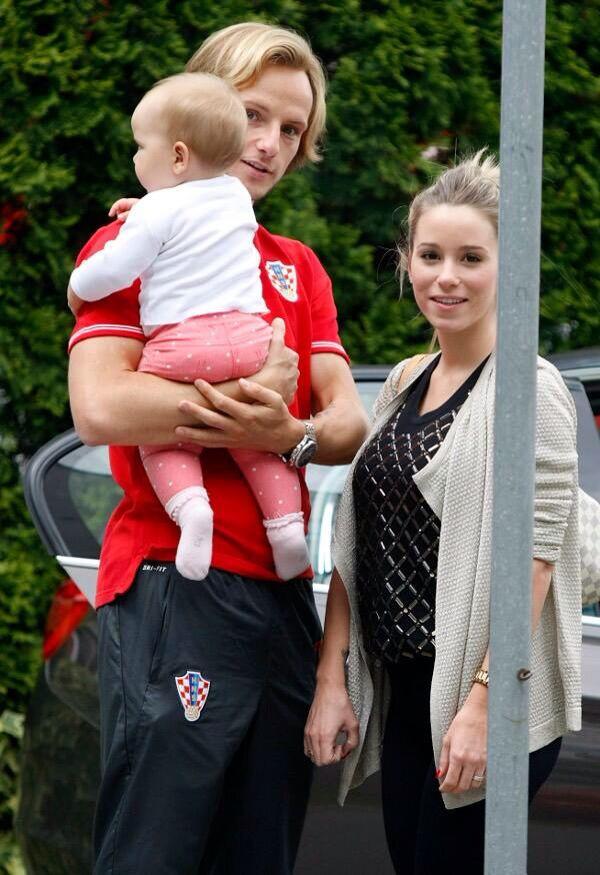 Rakitić and his adorable family