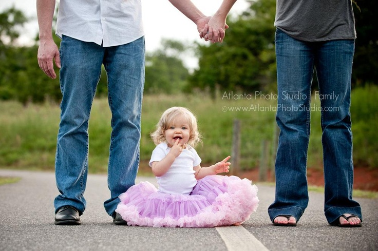 Unique family photo photography ideas families pinterest for Family photo ideas