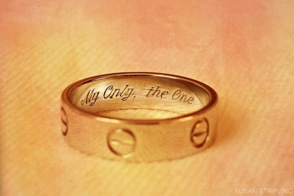 Surprise your groom by engraving a secret message in his wedding band