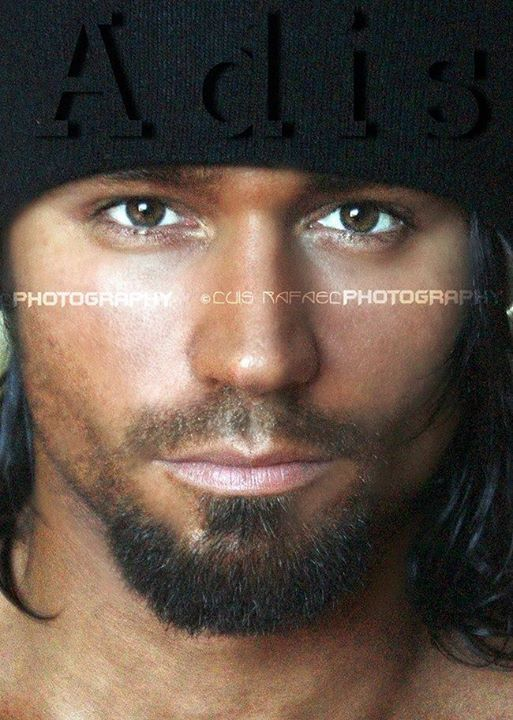 ADIS JAKIC male fitness model | The eyes have it