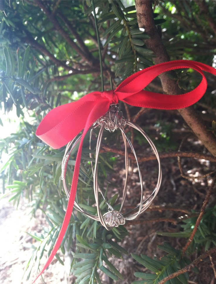 17 best images about diy guitar string stuff on pinterest guitar strings guitar string - String ornaments christmas ...