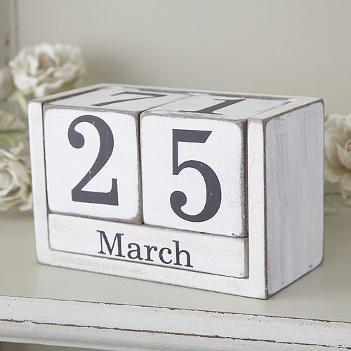 Desk Calender: Know the date at a glance with this painted rustic wooden desk calender