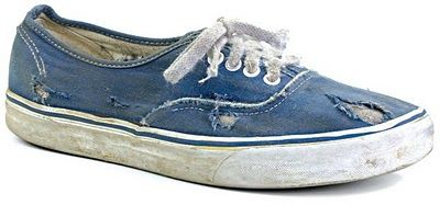 Well worn! Vans.Running Shoes, Blue Chambray, Post, Vans, Schools, True Blue, Photos Class, Concours Photos, Fashion Note