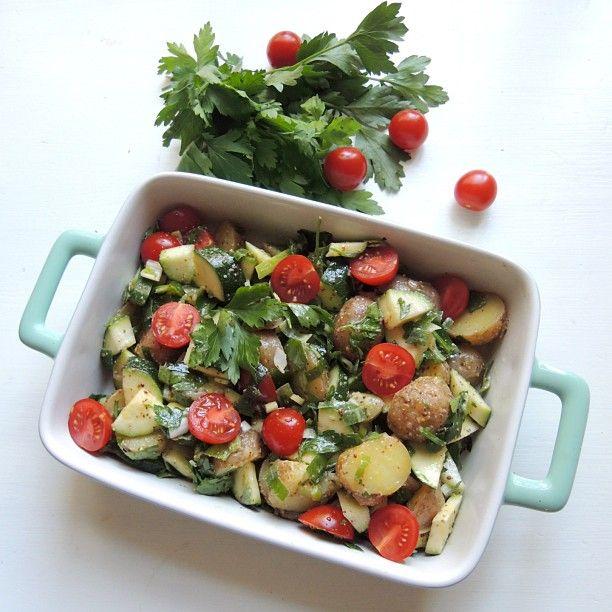Ny oppskrift på bloggen idag  Økologisk potet og squash salat! #minmatglede #sesongråvarer #organic #purefood #vegetar #healthyrecipes #cleaneating #healthspo #Padgram