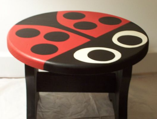 Ladybug stool...for Reesie Poo! We could do this for a table as well.