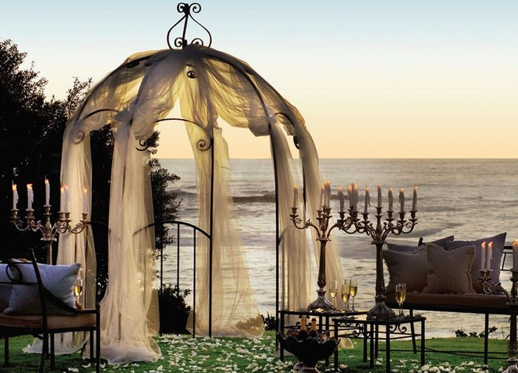 Take a romantic safari, eat dinner under the stars and indulge in beachside massages in Mozambique, South Africa.