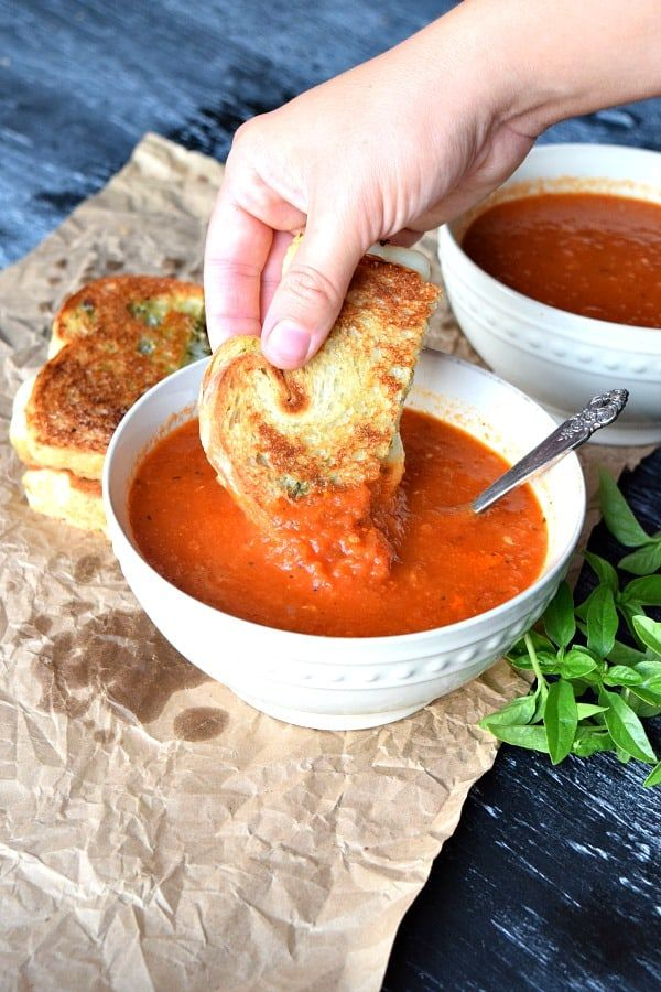 A Recipe For Roasted Red Pepper Tomato Soup Tomatoes Red Bell Peppers Onions And Garl Stuffed Peppers Crockpot Rotisserie Chicken Red Bell Pepper Recipes