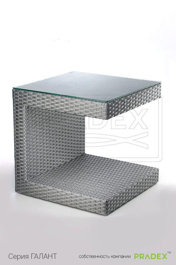 Стол Гранд С приглянулся многим благодаря своей эксравагантности и функциональности. Модель имеет С-образную форму, что помогает рационально использовать пространство, что особо актуально для заведений с небольшой площадью.  #rattan #pradex #furniture #table #мебель #прадекс #ротанг #серия #стол  #коллекция