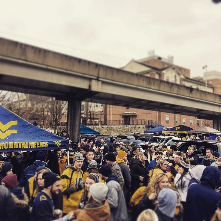 #WVUMountaineers Tailgating as they wait for the Mountaineers vs Baylor game. Thanks @wvu_larch!  #SuperTailgate #tailgate #tailgating #win #letsgo #gameday #travel #adventure #stadium #party #sport #ESPN #jersey #sports #league #SportsNews #score #photooftheday #love #football #NCAAF #CollegeFootball