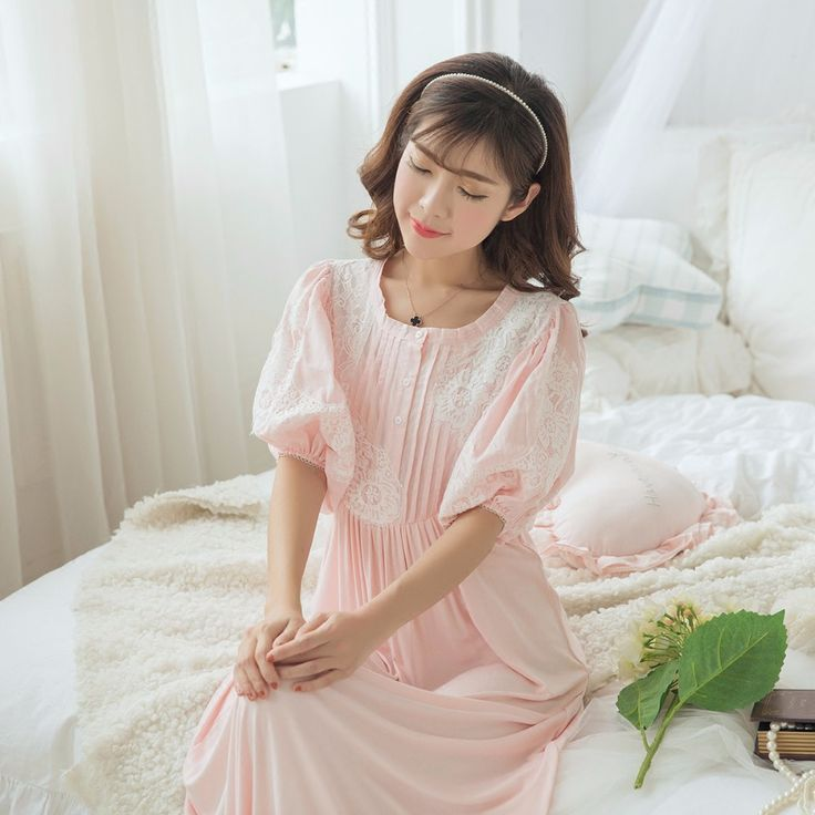 Free Shipping 100% Fleece Princess Nightgown Womens Long Robe Pink Pajamas  Winter Nightgown Thicken Sleepwear 8099e1eb9