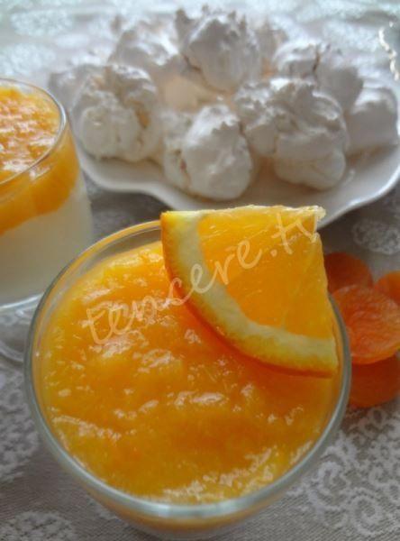 Tavuk göğsü, kayısı ve portakalla beraber harika bir lezzet. Portakallı Kayısı Rüyası...