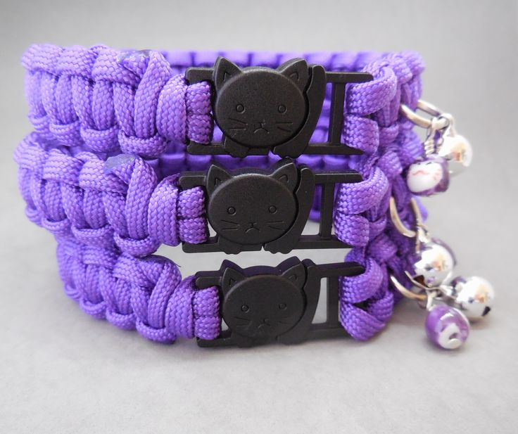 Paracord Big Cat Safety Collars for large breeds such as Maine Coon, Himalayan, etc. Breakaway buckle alleviates the need for perishable elastic strip. Each Casa di Gata collar comes with a bell and Maneki Neko bead or cat charm. Buy here: stores.ebay.com.a...