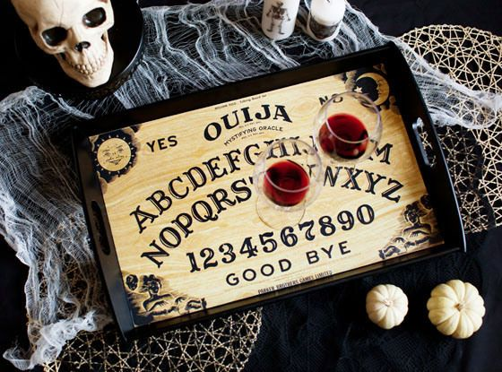 DIY OUIJA BOARD TRAY >> great idea for Halloween party decor!!