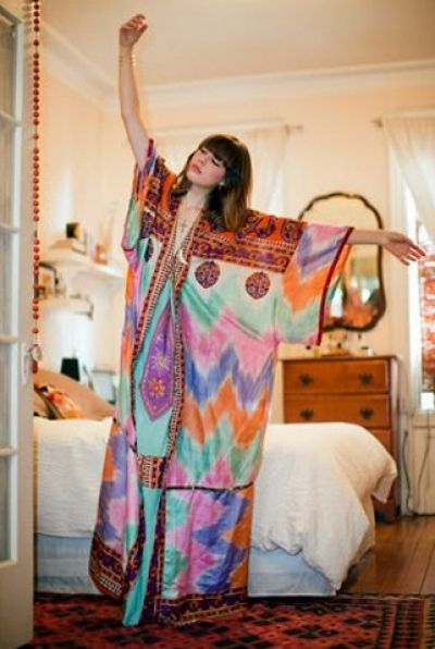 Caftan Kaftan /can be use as hijabi fashion..need to cover a little here and there ;) ladies / women fashion styles. Love it!