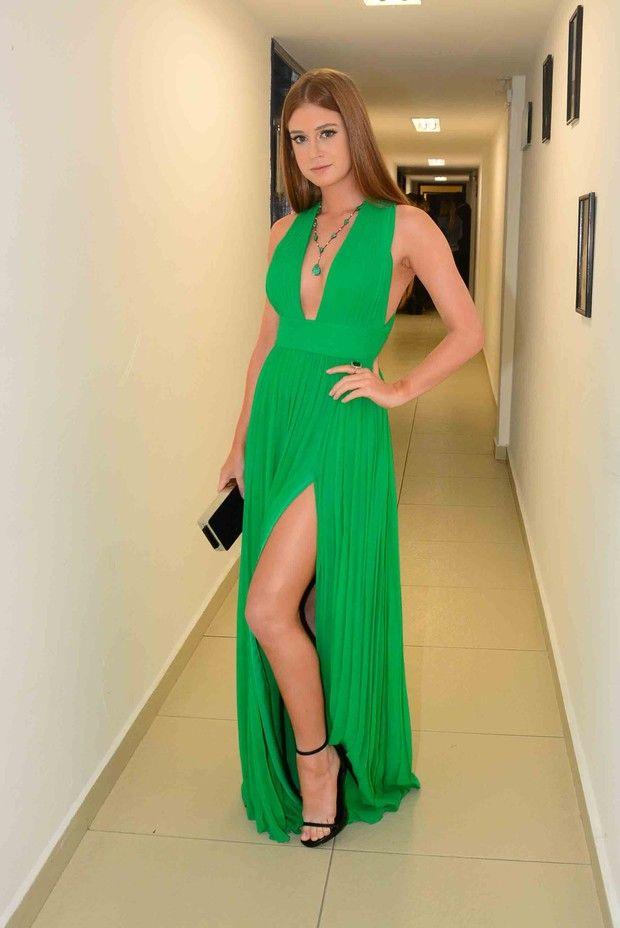Marina Ruy Barbosa - Outubro 2015 (Prêmio Profissionais do Ano)