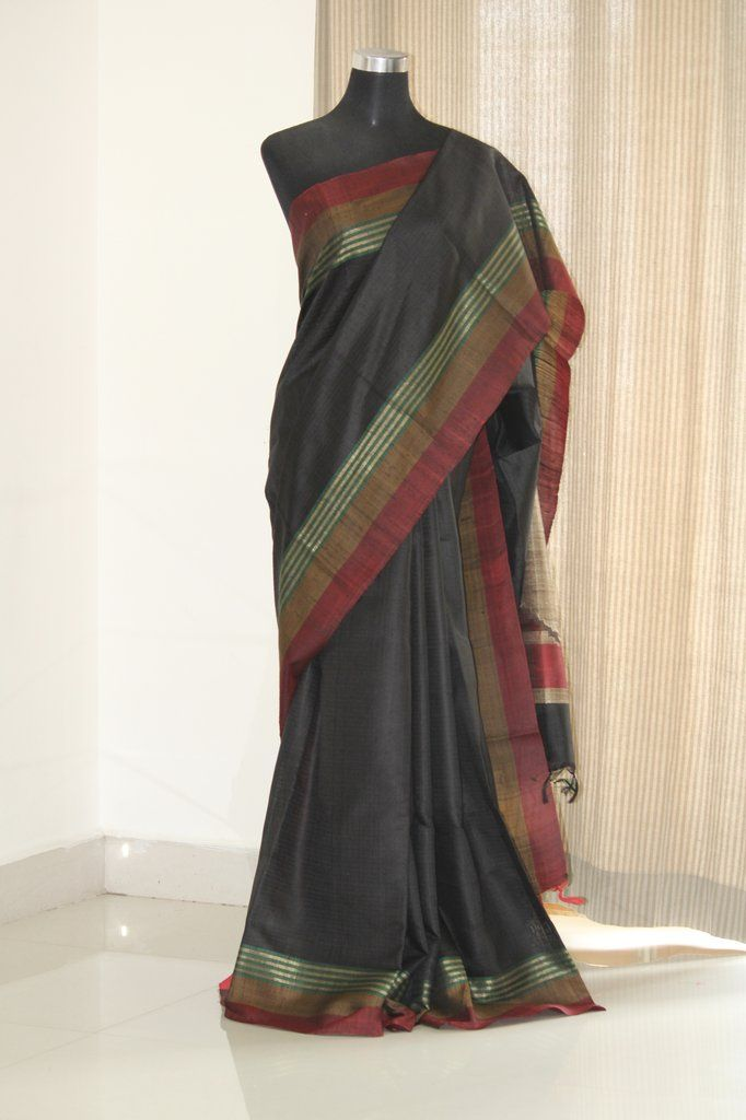 3652e9e37cd83 Handloom pure raw silk saree with contrast border