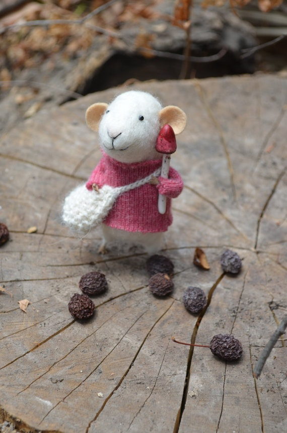 These felted mice are adorable