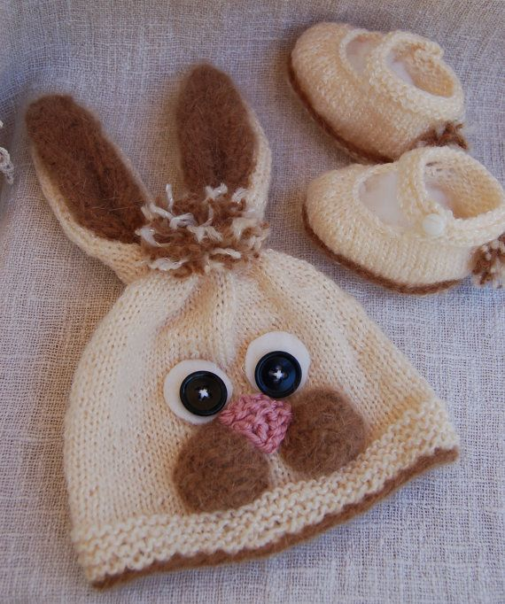 Hey, I found this really awesome Etsy listing at https://www.etsy.com/listing/164974170/girls-newborn-hat-and-booties-little