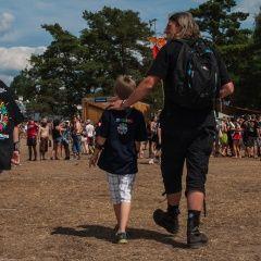 Dzieci na przystanku Woodstock są bezpieczne.