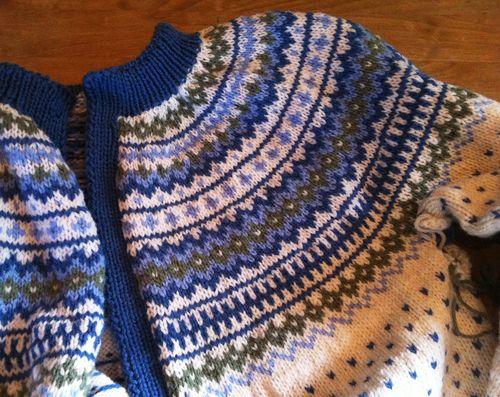 Anna jacket Triplex garn fra Sandnes. Denne er ikke min, men jeg har helt maken - strikket av min mor for over 30 år siden. Den debuterte på klassetur til Lillehammer! (UnniD)