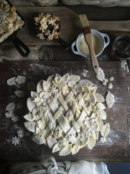 Most Impressive Leaf Pie Crust Recipe » BudgetMeals.info