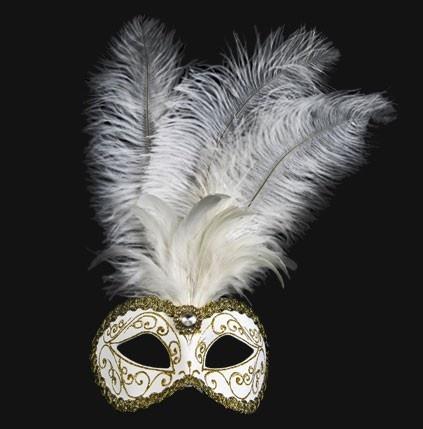mascara veneciana colombina plume festa brillante blanca    Mascara original hecha a mano en blanco y oro con plumas