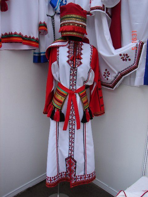 картинки мокшанский костюм которого