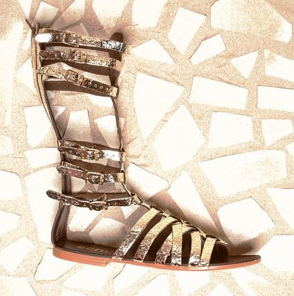 Your summer go to gladiator has arrived. Say hello to the schuh Maximus in gold. We're in love <3