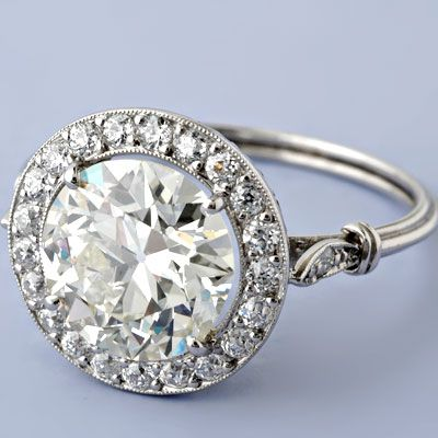 Antique Art Deco Style 2.94ct European-cut Diamond Engagement Ring. LOVE!