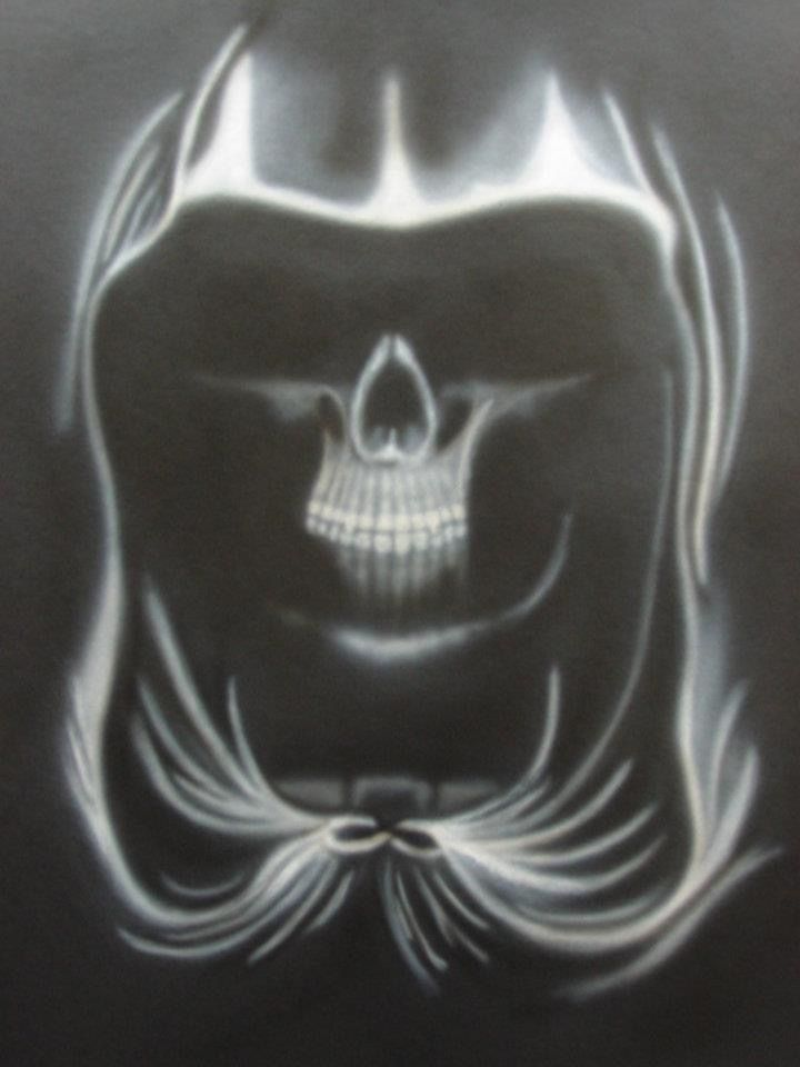 Airbrushed skull.