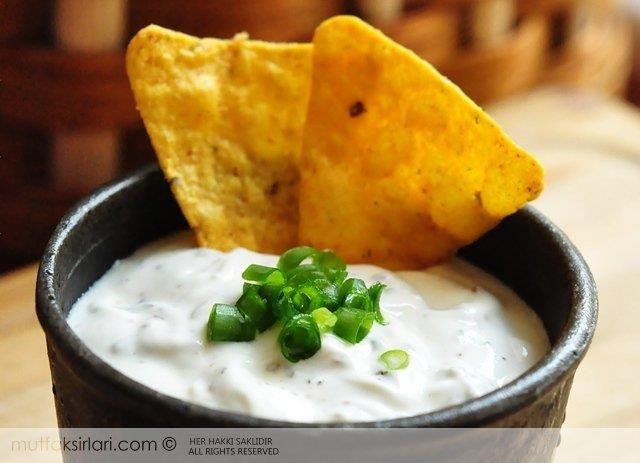 Labneli Cips Sosu Tarifi | Mutfak Sırları