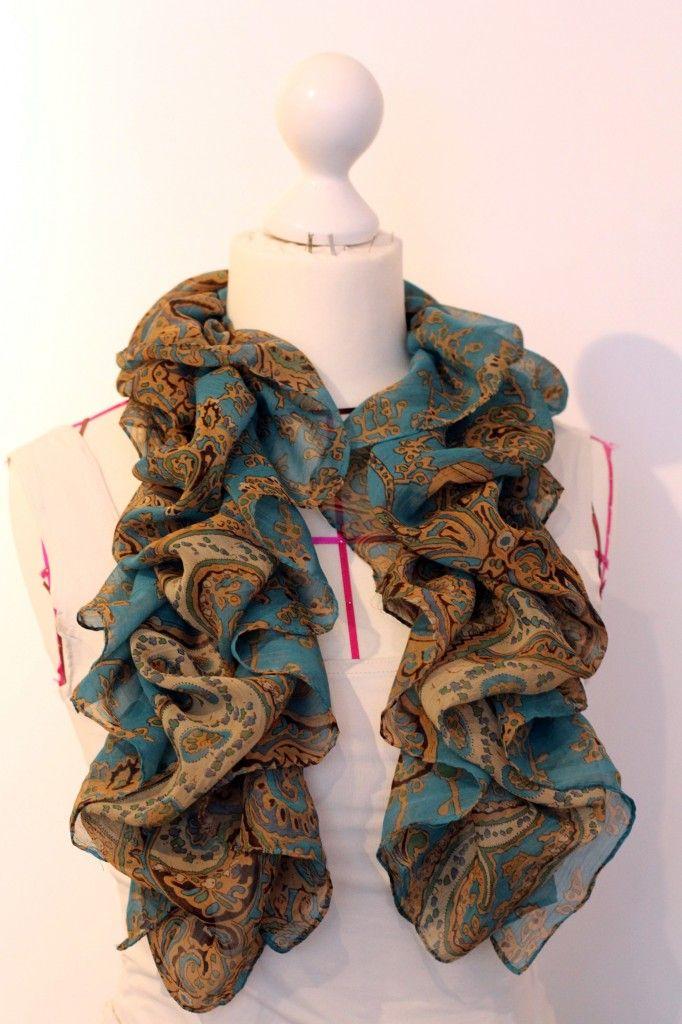 Shirred Scarf Tutorial http://thisblogisnotforyou.com/shirred-scarf-tutorial/