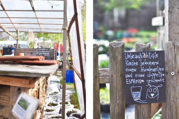 Prinzessinengärten Berlin Kreuberg Urban Gardening Insektenhotel Schild lustig